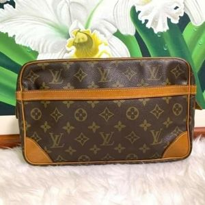 Authentic Louis Vuitton Vintage Conpiegne 28